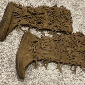 Minnentoka boots